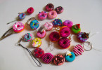 fimo__clay_donouts_accessoires_deco_by_nakito_chan-d4zcuei