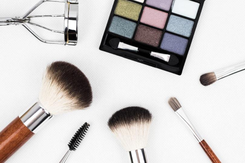 Jak správně pečovat o štětce na make-up?