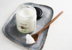 Kokosový olej – léčivý olej, který se dá využít jak v kuchyni, tak v kosmetice